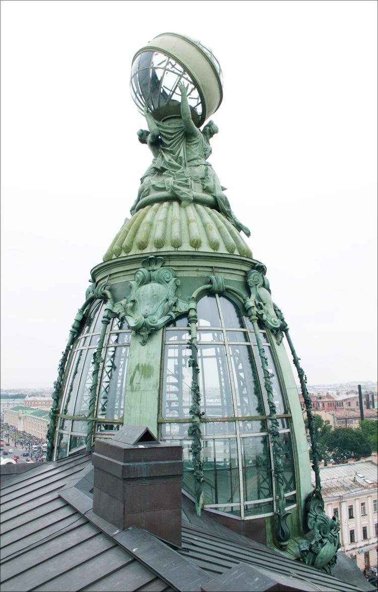 стеклянная крыша нестандартной формы