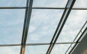 подвижные панели крыши из стекла